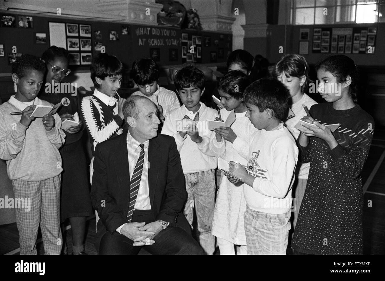 Question time at Birkby Junior School... with head teacher Mr Peter Prichard in the firing line! The interview was - Stock Image