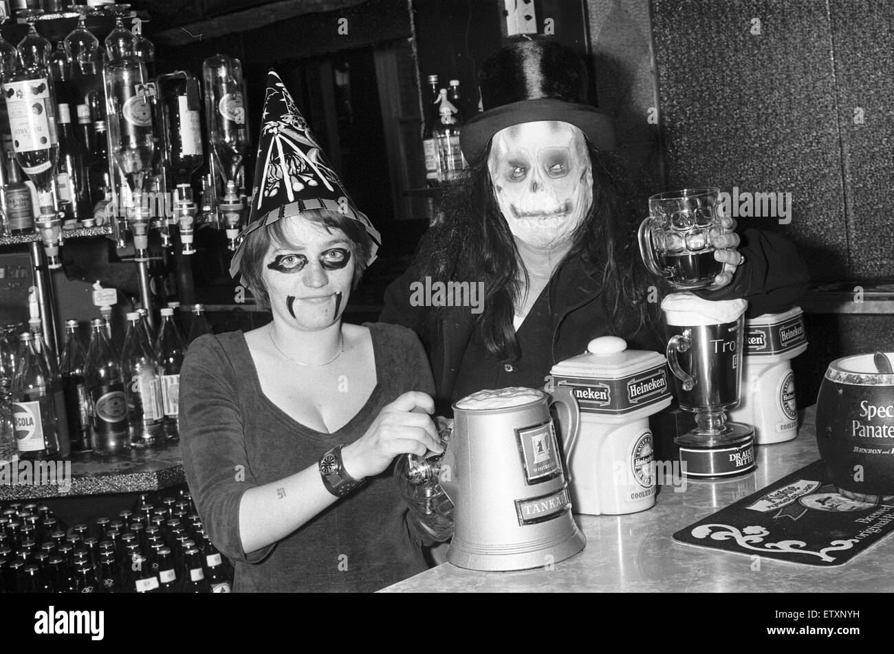 Halloween at the Crown Leamington pub. 30th October 1979 - Stock Image