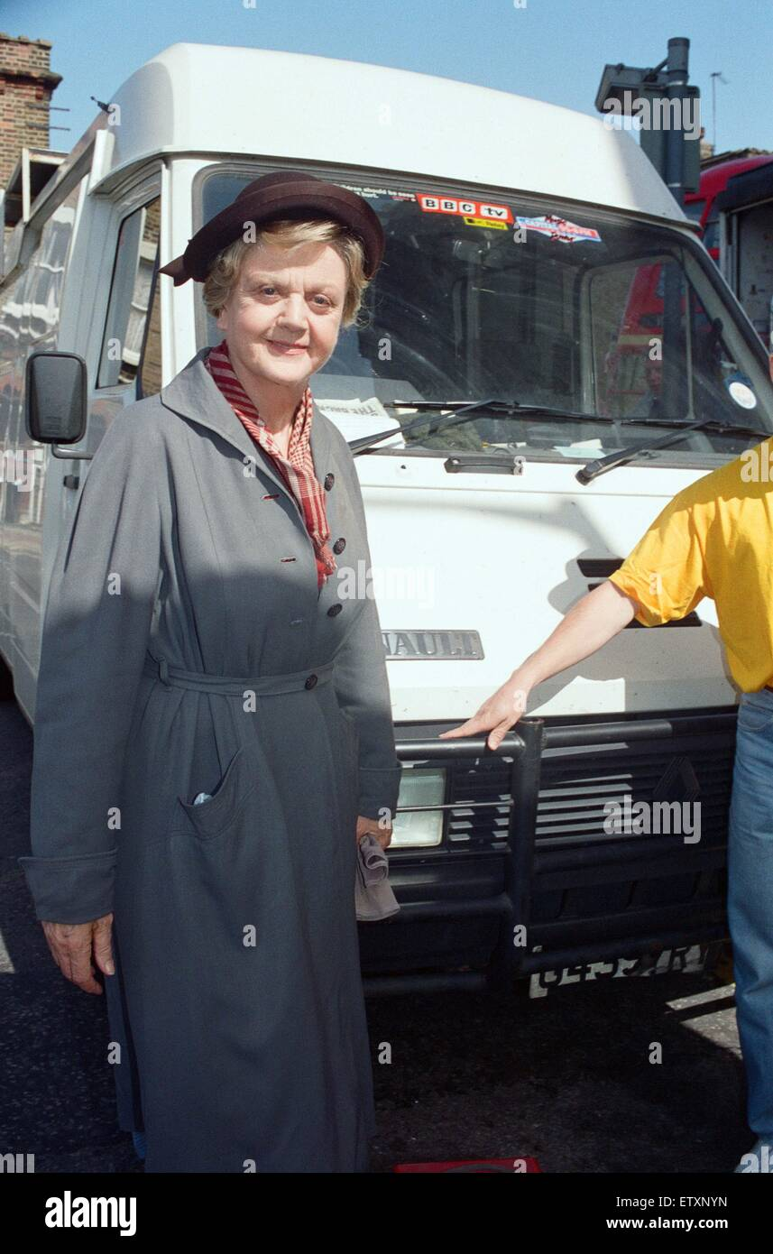 Angela Lansbury on set of 'Murder She Wrote'.  19th May 1992. - Stock Image
