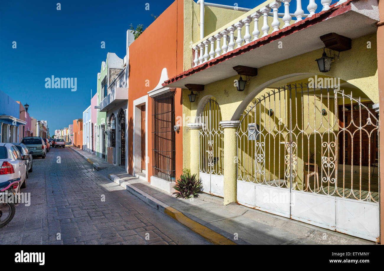 Spanish Colonial houses on Calle 61 in Campeche, Yucatan Peninsula, Mexico - Stock Image