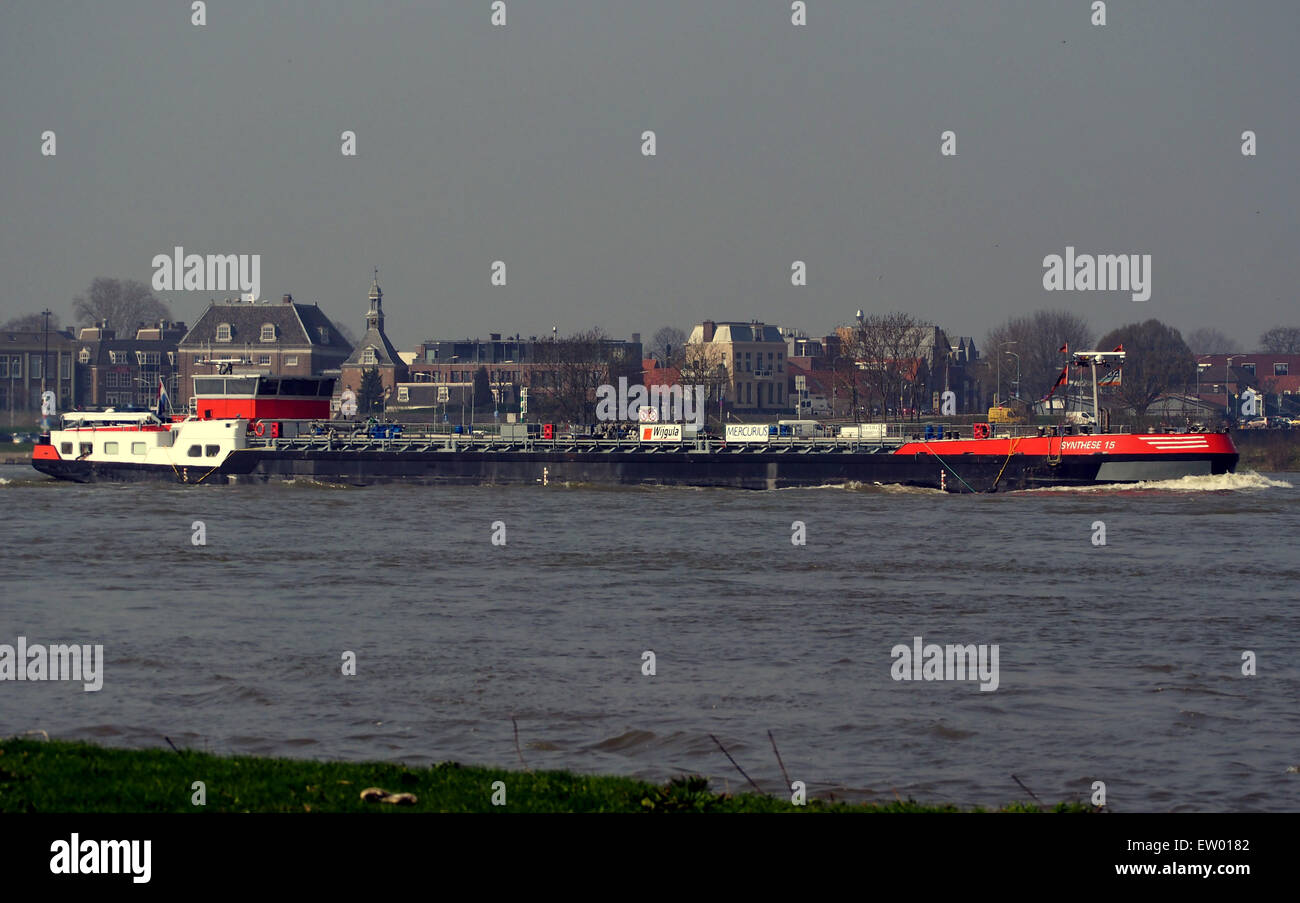 Synthese 15 - ENI 02329557, Waal rivier, The Netherlands, pic2 Stock Photo