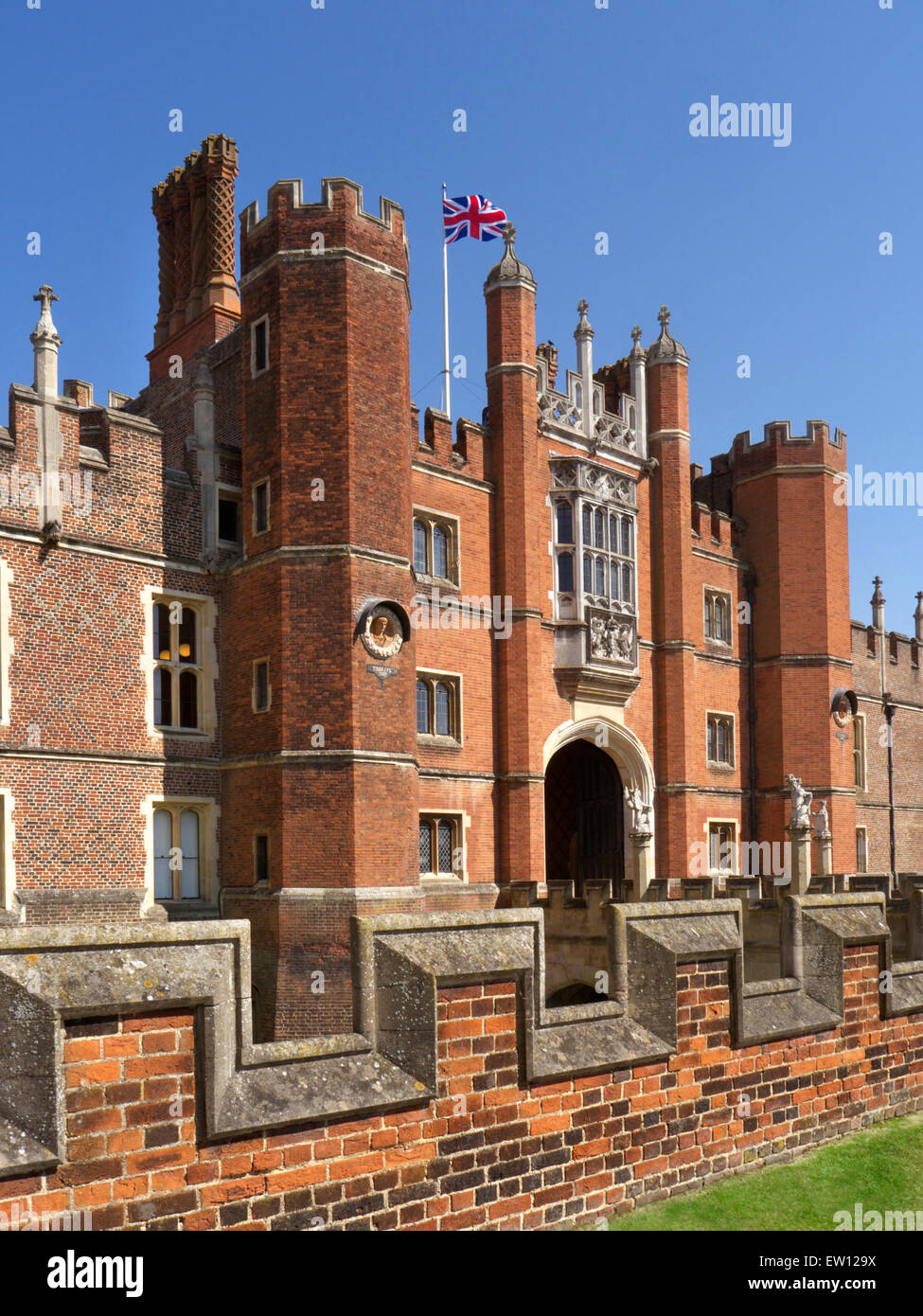 Hampton Court Palace a royal palace in the London Borough of Richmond upon Thames Greater London Surrey UK - Stock Image