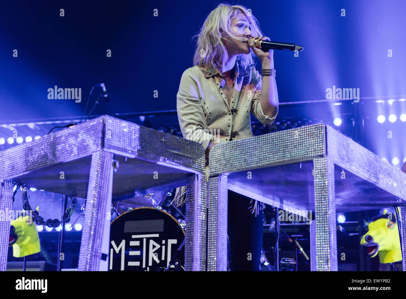 Rosemont, Illinois, USA. 15th June, 2015. Musician EMILY HAINES of Metric performs live on stage at the Allstate Stock Photo
