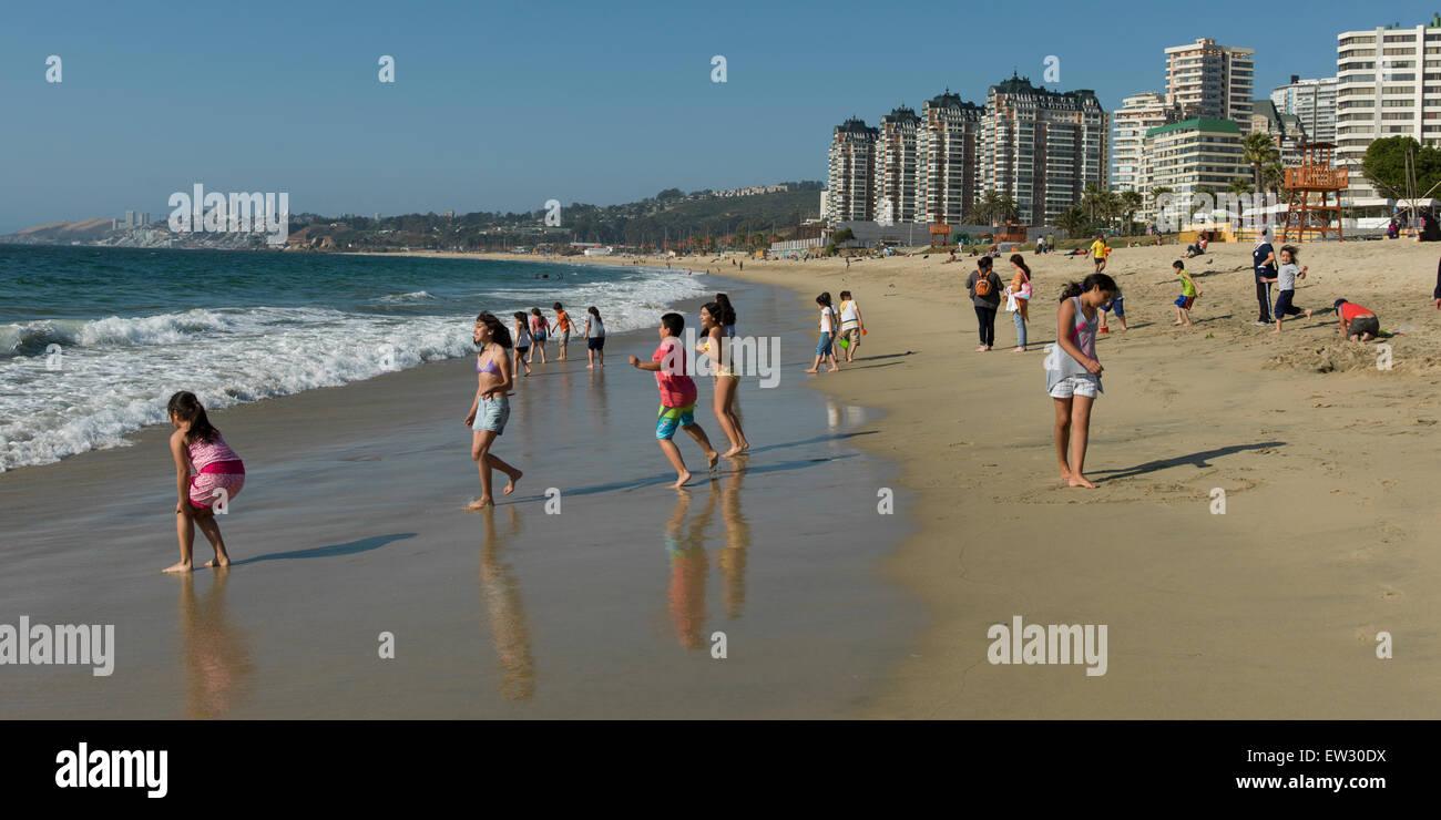Tourists enjoying the beach, Vina Del Mar, Chile - Stock Image