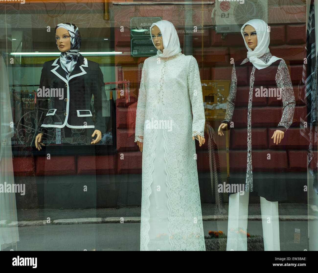 Islamic Fashion Stock Photos & Islamic Fashion Stock Images - Alamy