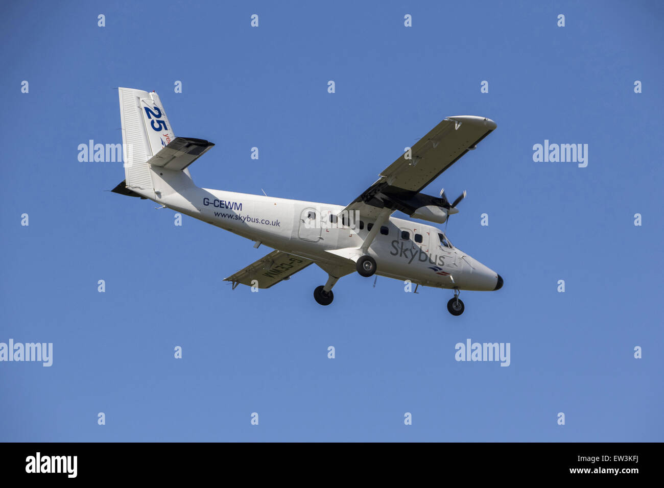 Isle of Scilly Skybus De Havilland Canada DHC-6 Twin Otter Series 310. This is the plane that bird watching visitors - Stock Image