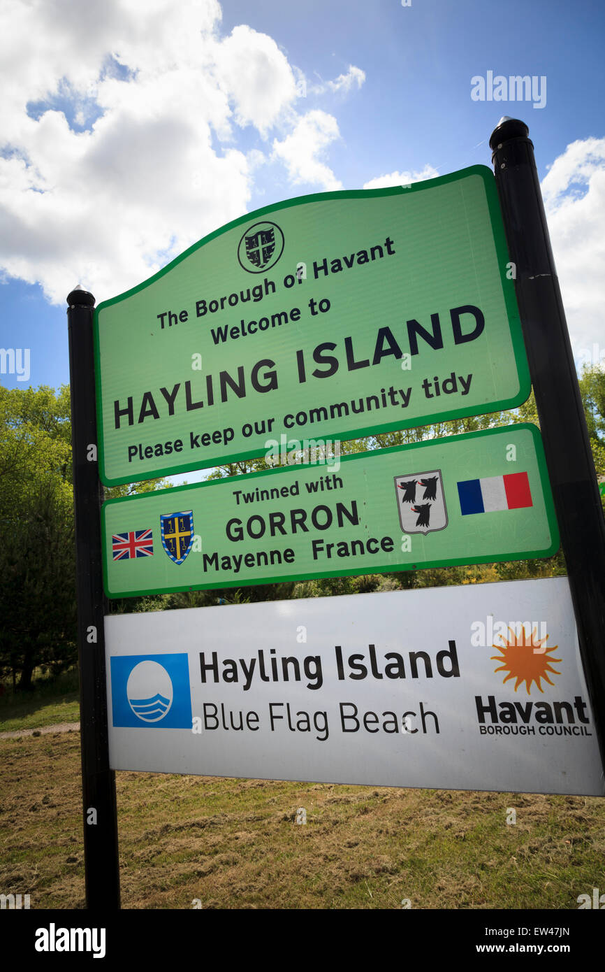 Welcome to Hayling Island sign - twinned with Gorron Stock Photo