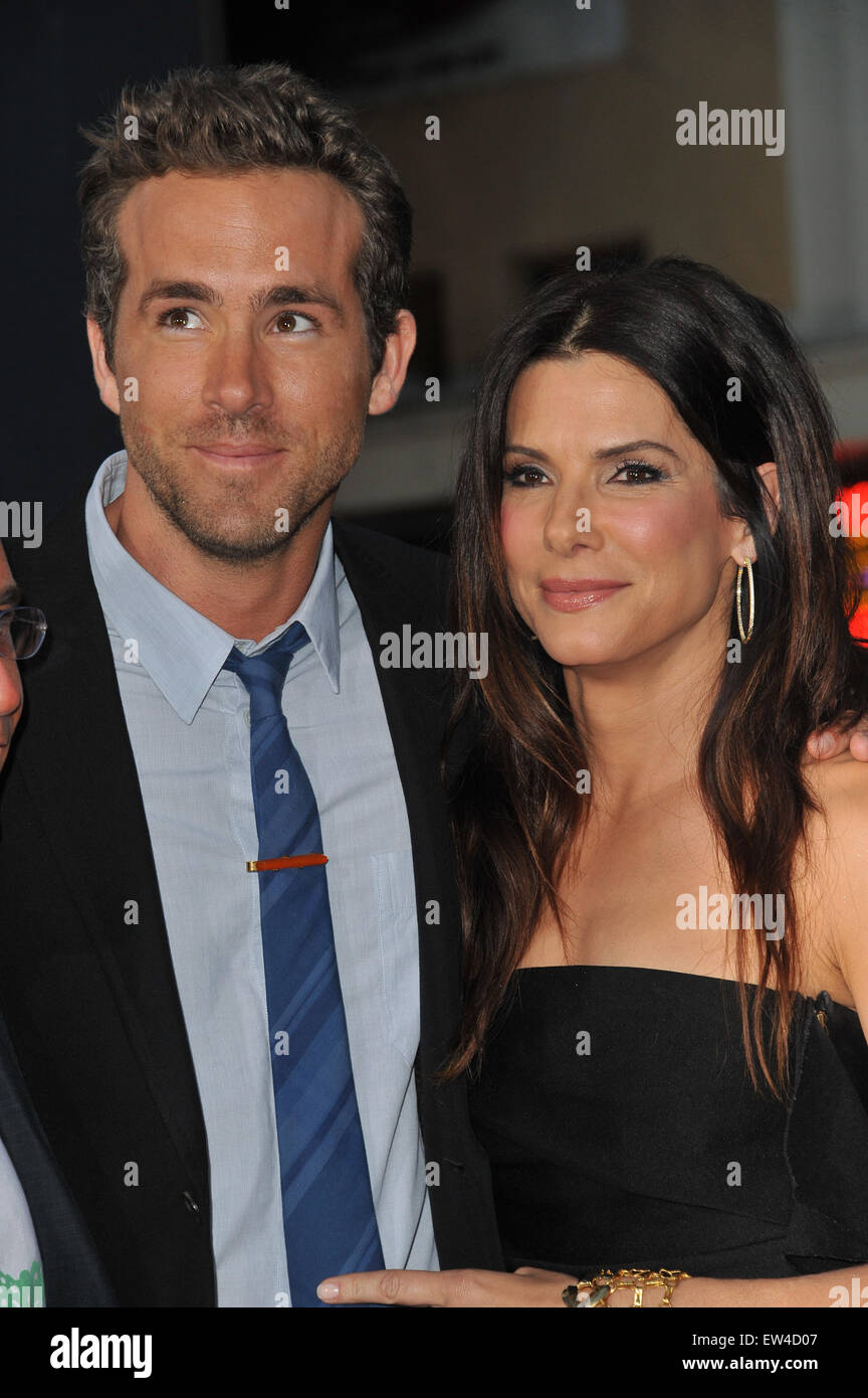 Who is ryan reynolds dating august 2011