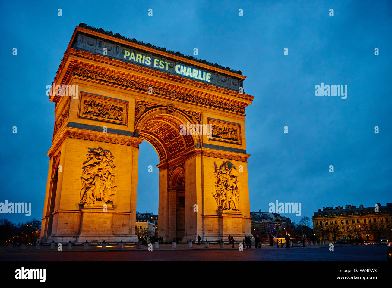 France, Paris, 11 january 2015 Paris is Charlie, for Charlie Hebdo, Arc de Triomphe - Stock Image
