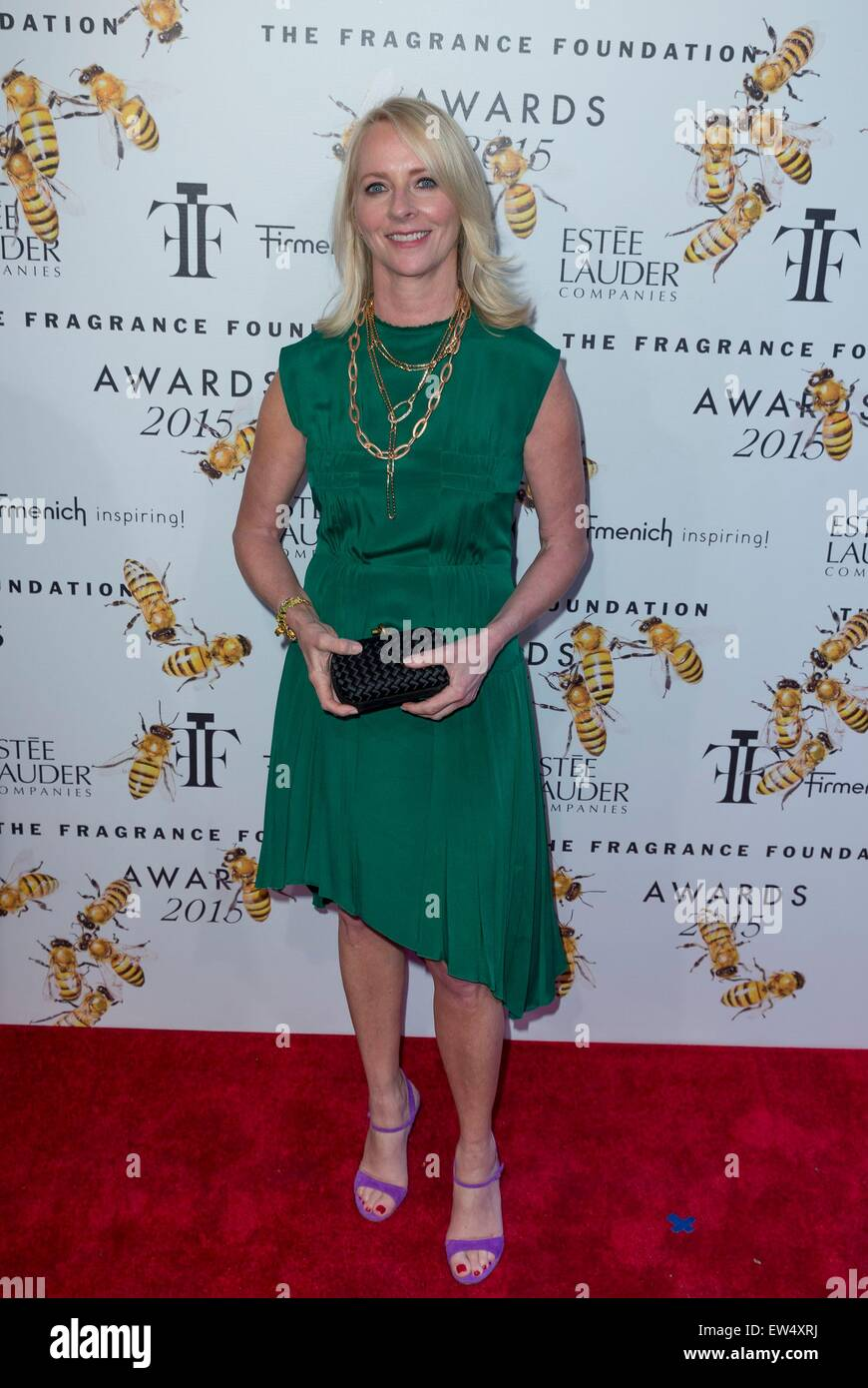New York, NY, USA. 17th June, 2015. Linda Wells at arrivals for The Fragrance Foundation Awards, Alice Tully Hall - Stock Image
