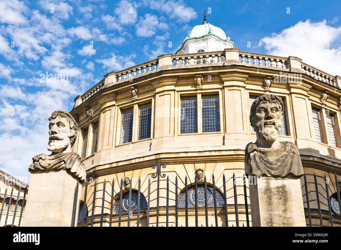 OXFORD CITY TWO OF  THE EMPEROR HEADS OR HERMS AT THE SHELDONIAN THEATRE Stock Photo