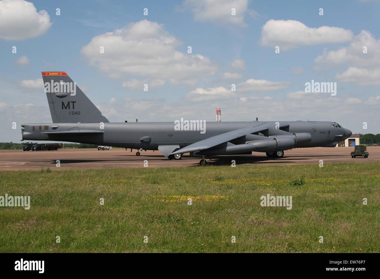 usaf b52 bomber RAF FAIRFORD - Stock Image