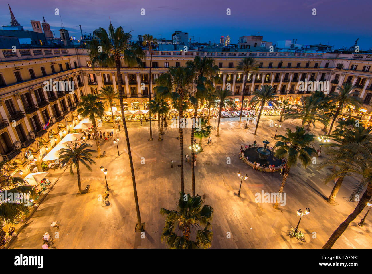 Night top view over Placa Reial or Plaza Real, Barcelona, Catalonia, Spain - Stock Image
