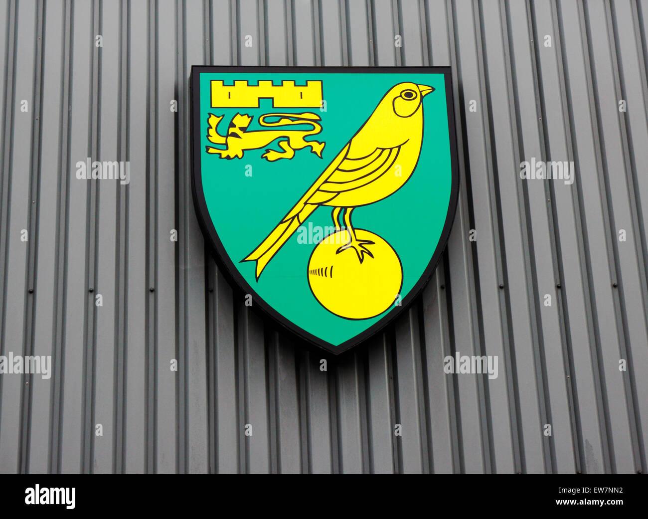 Norwich City Football Club badge outside Carrow Road ground, Norwich, Norfolk, England, United Kingdom. - Stock Image