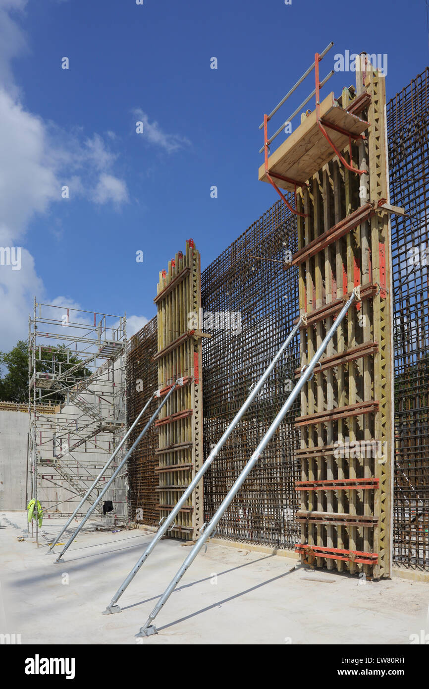 Timber Formwork Panels For The Construction Of 10m High