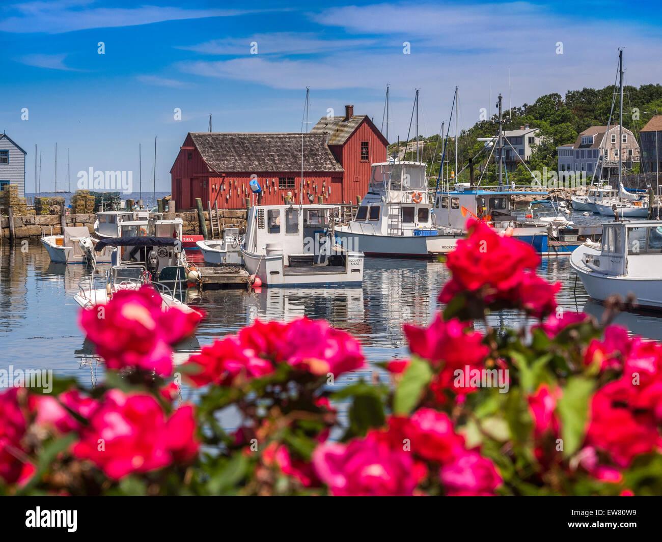 New England fishing village. Motif #1, fisherman's shack in Rockport harbor, massachusetts, USA - Stock Image