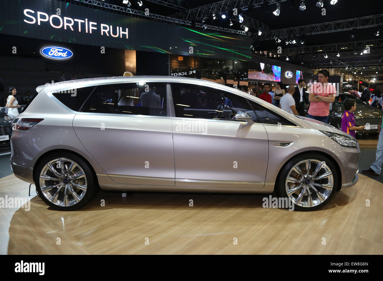 Ford S-Max Vignale Concept Istanbul Autoshow 2015 - Stock Image