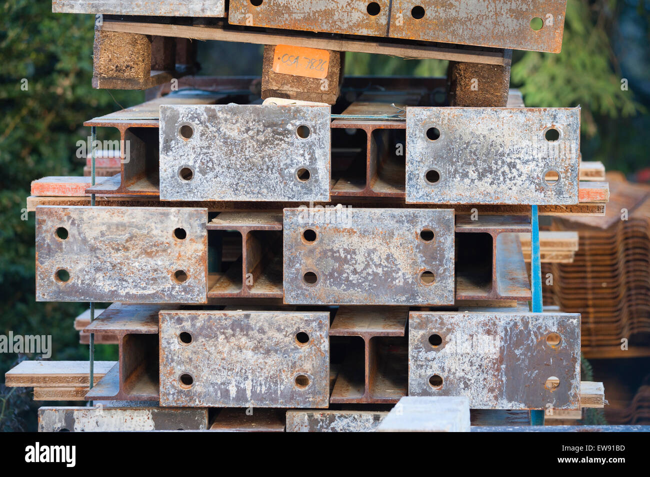 Steel construction material stored at a construction site - Stock Image