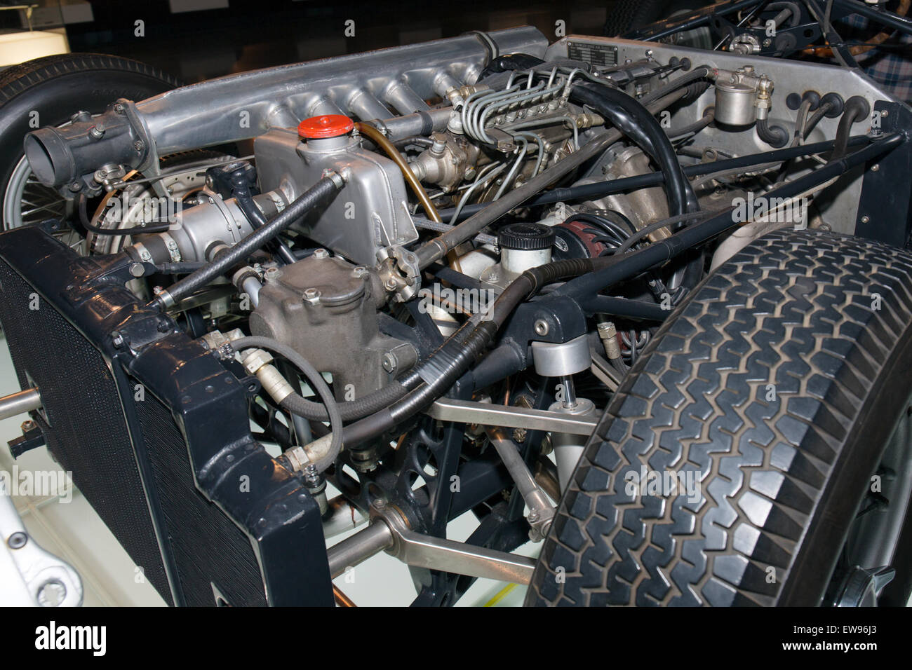 Mercedes-Benz W196R (exploded view) front engine Mercedes-Benz ...