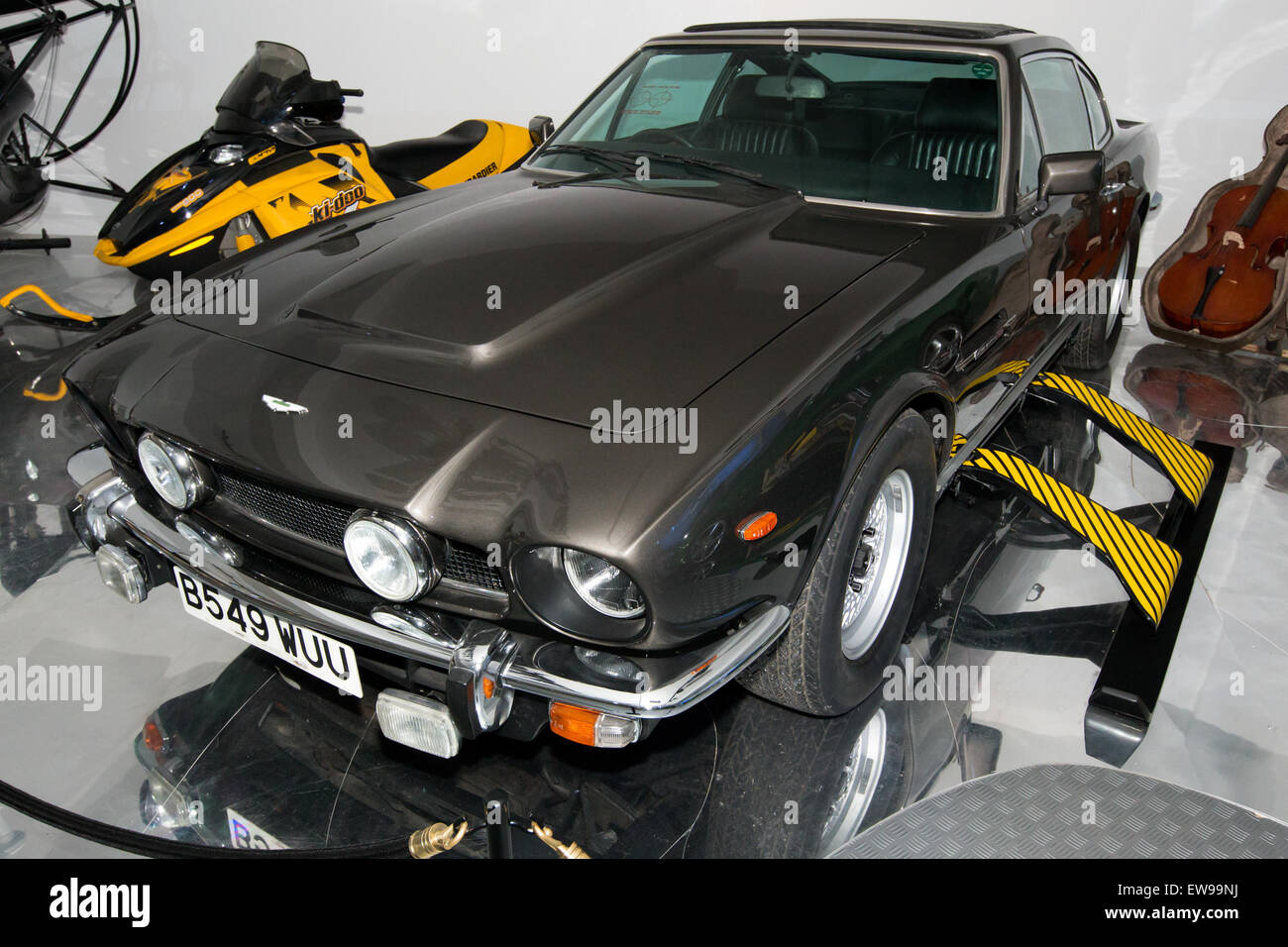Aston Martin V8 (The Living Daylights) National Motor Museum, Beaulieu - Stock Image