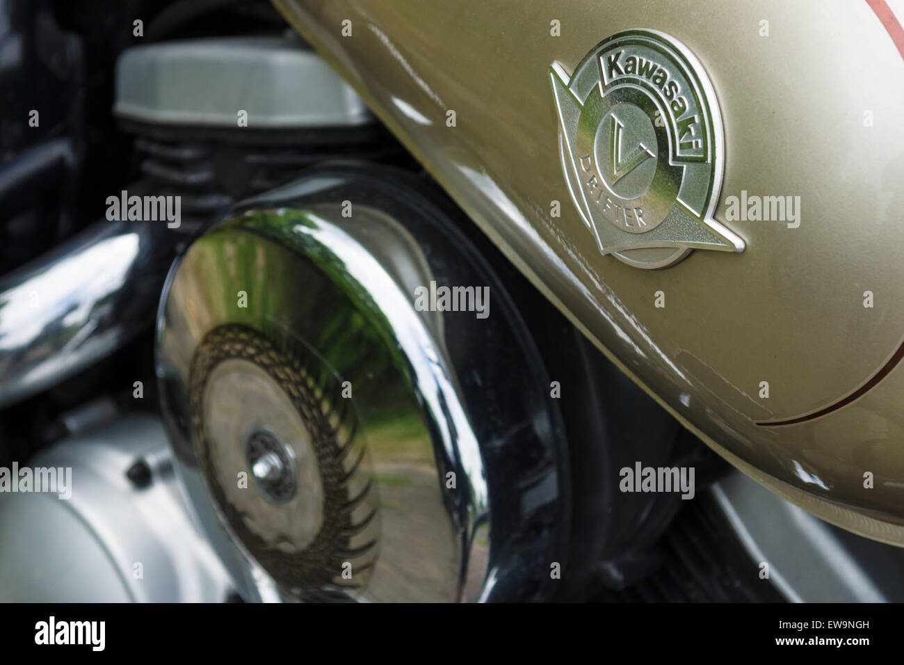 PAAREN IM GLIEN, GERMANY - MAY 23, 2015: Fragment of a motorcycle Kawasaki Vulcan Drifter. The oldtimer show in - Stock Image