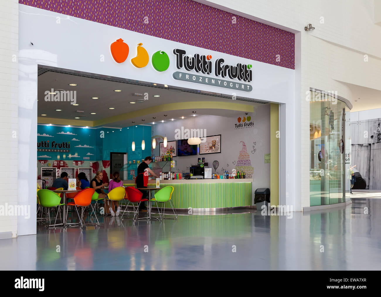 Tutti Frutti Frozen Yogurt branch in a shopping center Ambar - Stock Image