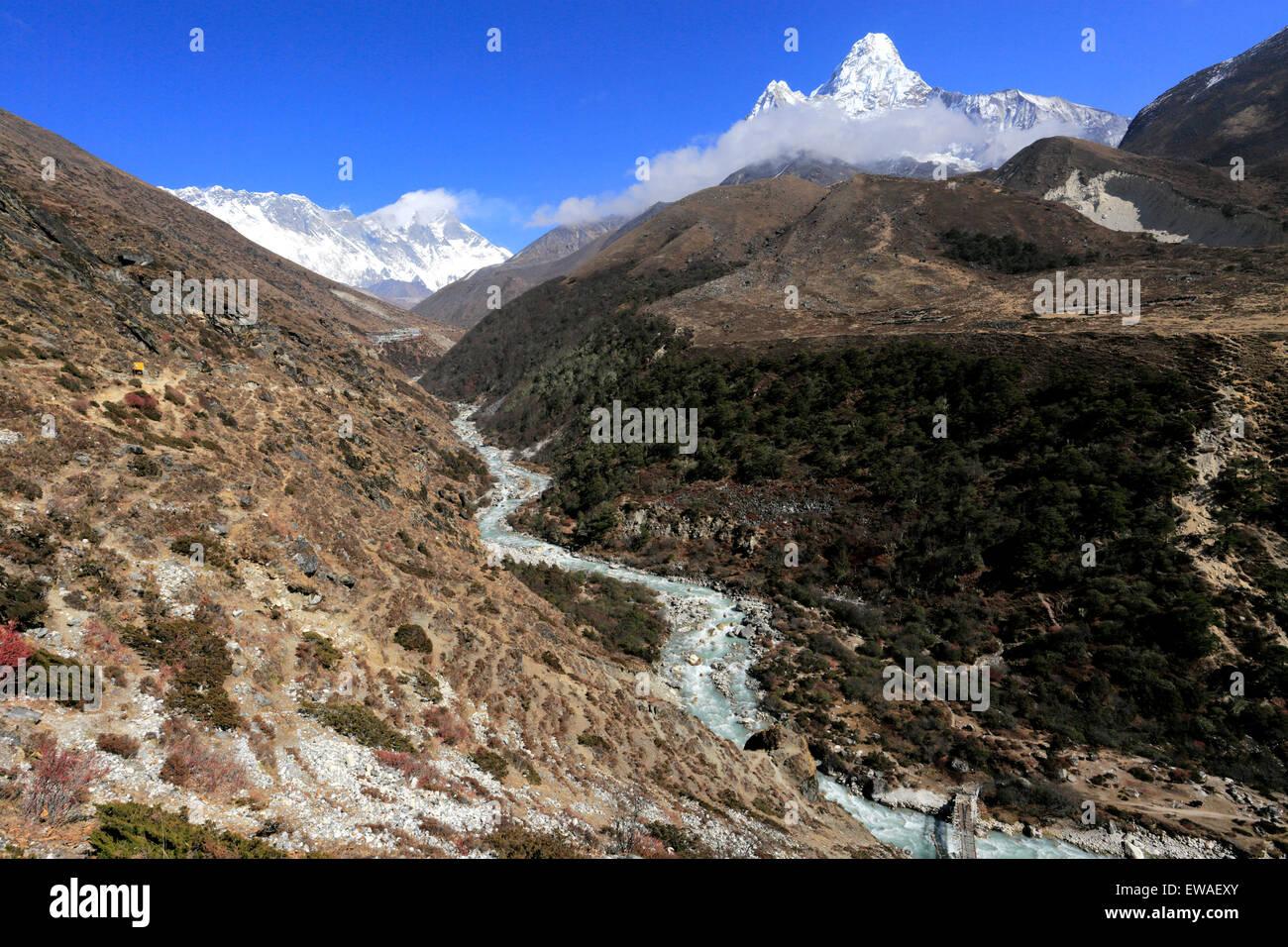 The Imja Khola river valley, Dingboche Pass, Everest base camp trek, Sagarmatha National Park, UNESCO World Heritage - Stock Image