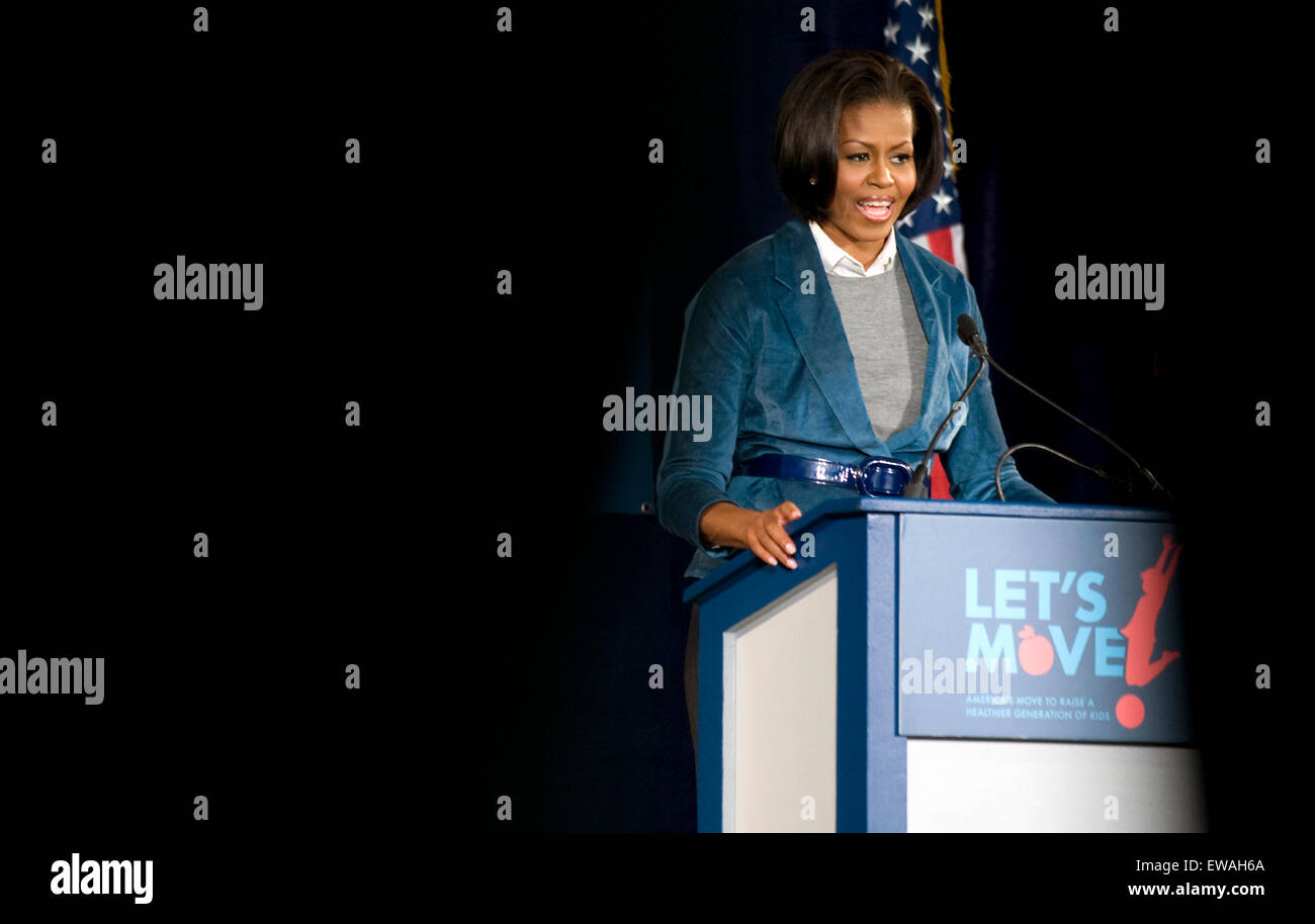 """US First Lady Michelle Obama speaks on her initiative """"Let's Move"""" at Fairhill Elementary School in Philadelphia, Stock Photo"""