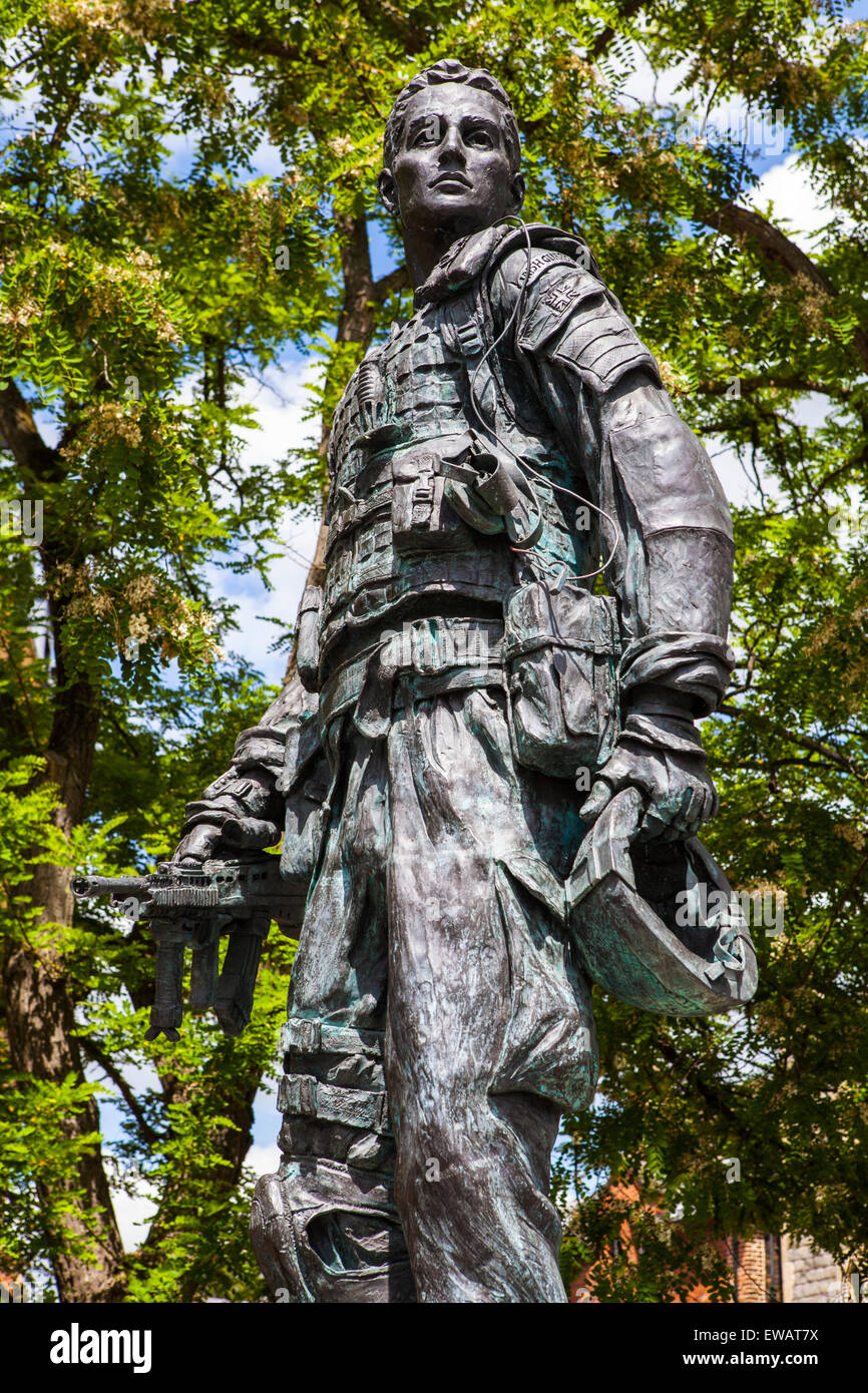 A statue dedicated to all Irish Guardsmen, Past, Present and Future in Windsor, Berkshire. - Stock Image