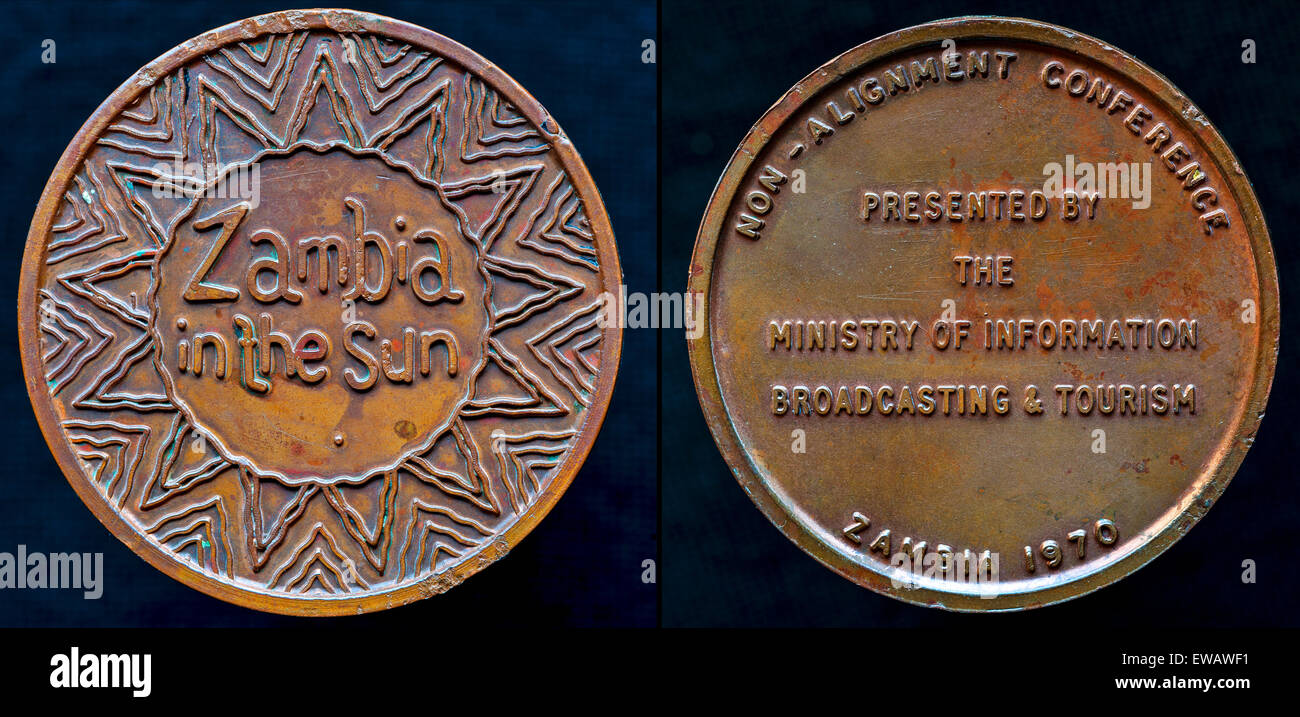 Obverse and reverse of a pure copper medal, struck in Zambia, to commemorate the 3rd Non-Aligned Movement Summit, - Stock Image