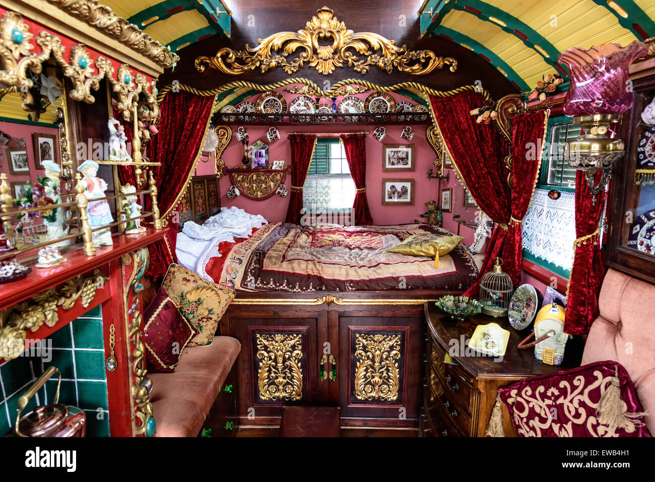 Castle For Sale Romania Gypsy Caravan Interior Stock Photos Amp Gypsy Caravan