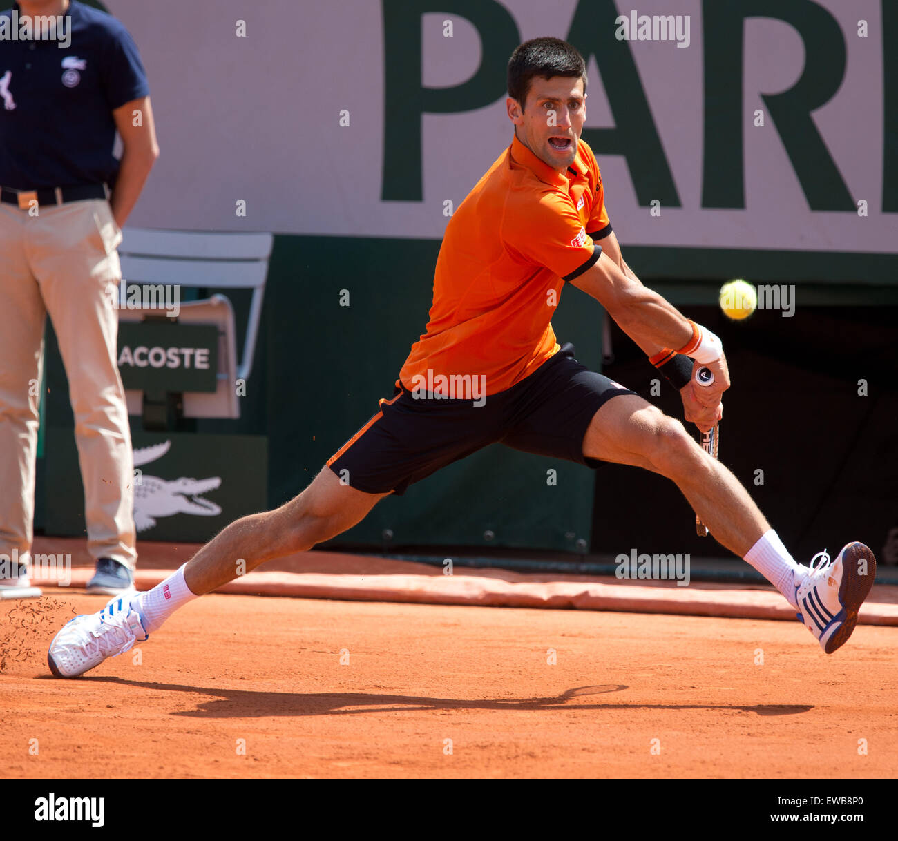 Novak Djokovic (SRB) in action at the French Open 2015 - Stock Image