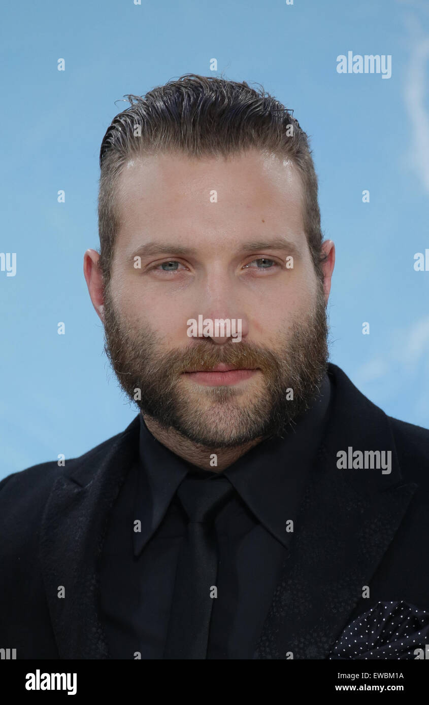Berlin, Germany. 21st June, 2015. Actor Jai Courtney arrives to the European premiere of the film 'Terminator Genisys' in Berlin, Germany, 21 June 2015. Photo: Joerg Carstensen/dpa/Alamy Live News Stock Photo