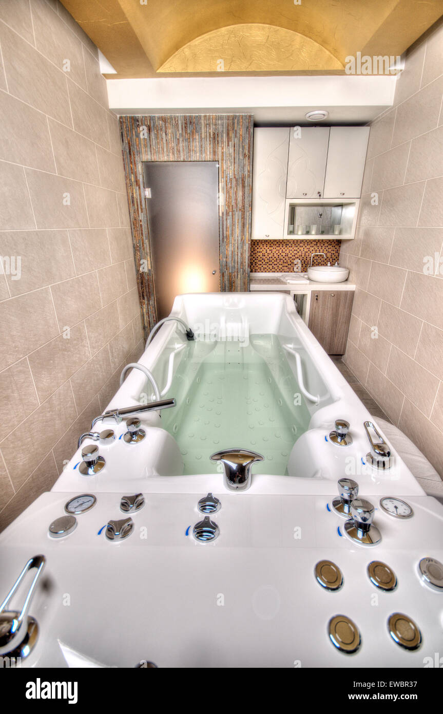 Jacuzzi Spa Bathtub in a marble bathroom Stock Photo: 84467467 - Alamy