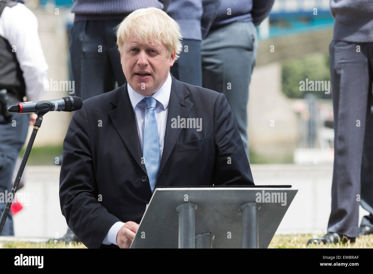London, UK. 22 June 2015. Boris Johnson, the Mayor of London, and London Assembly members joined British Armed Forces - Stock Image