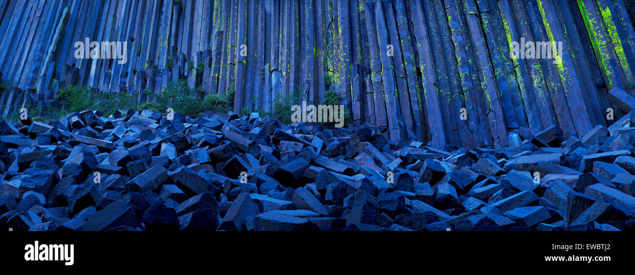 The rare geological formation of Devils Postpile located in Devils Postpile National Monument outside of Mammoth - Stock Image