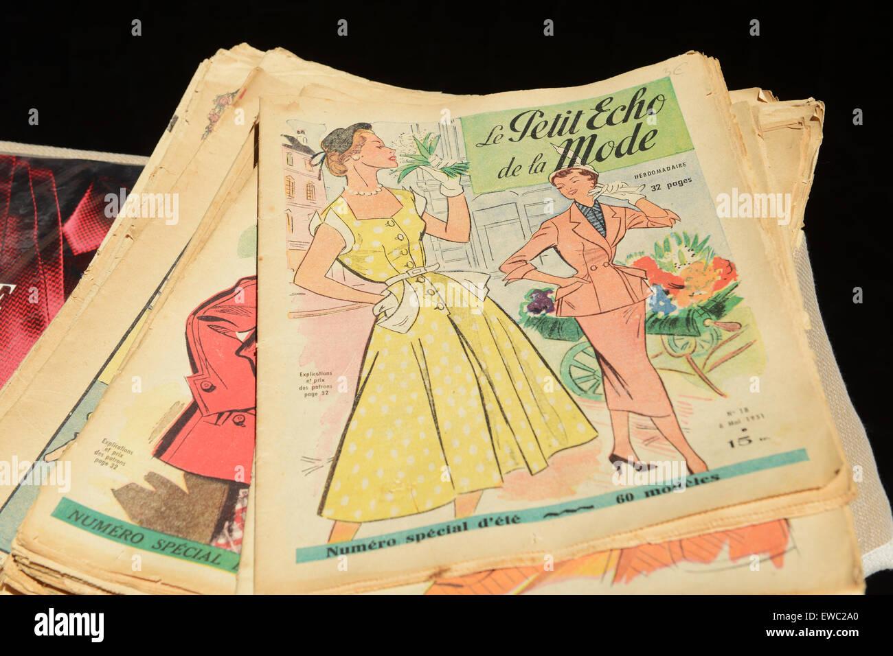 French fashion magazine Le Petit Echo de La Mode - Stock Image