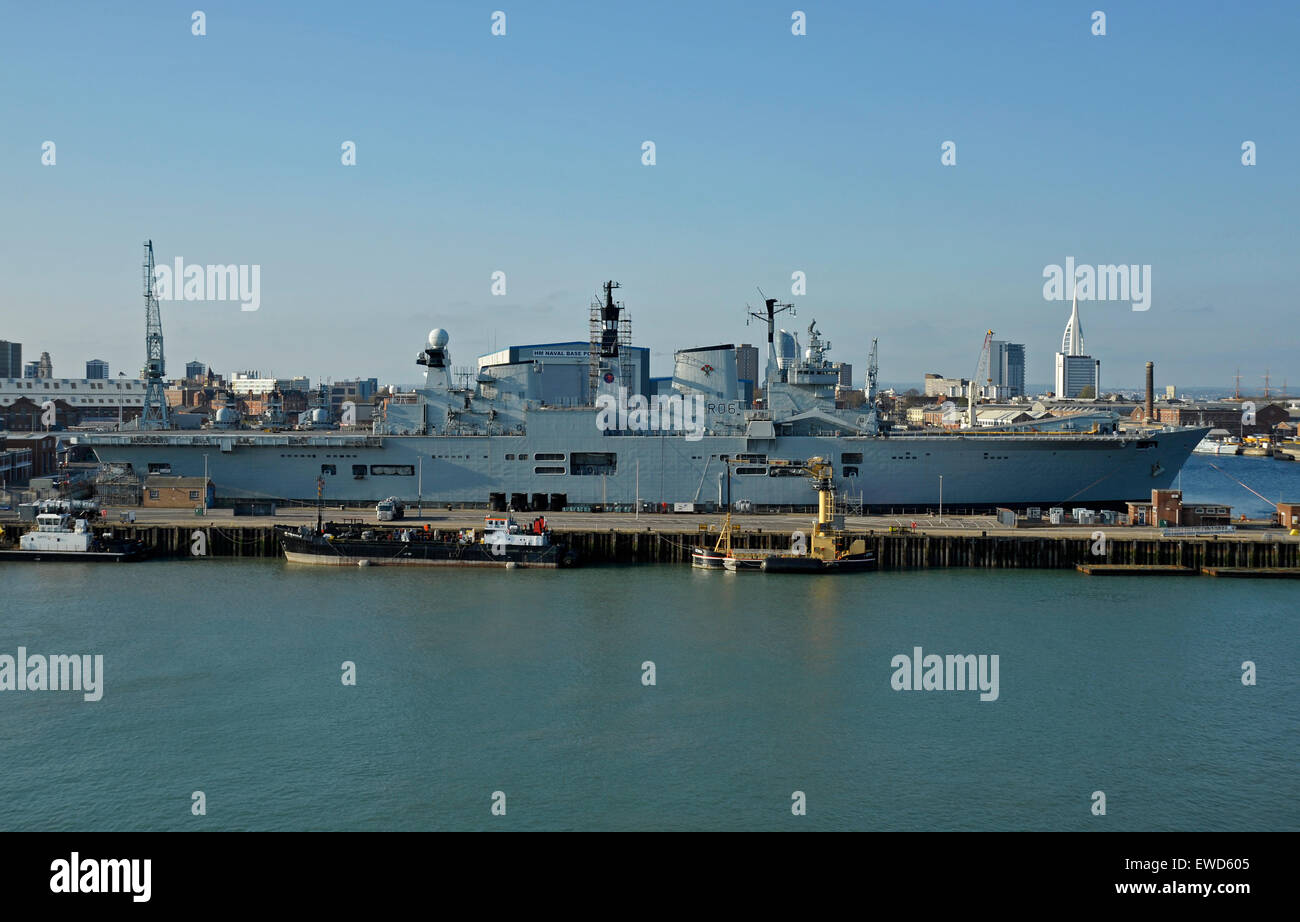 HMS Illustrious Aircraft carrier Stock Photo