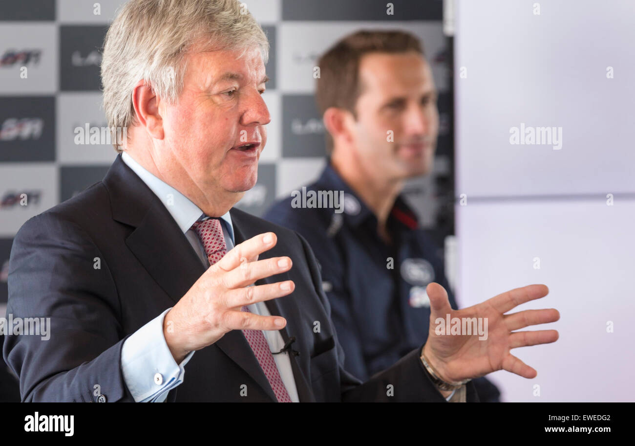 Sir Keith Mills (left) and Sir Ben Ainslie during a press conference at the newly opened BAR (Ben Ainslie Racing) - Stock Image