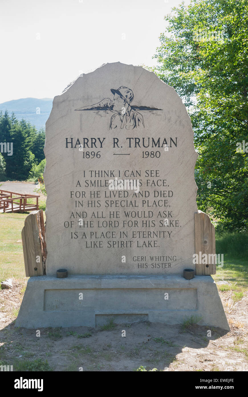 Harry R. Truman Memorial Marker at Hoffstadt Bluffs Visitor Center in Washington State. - Stock Image