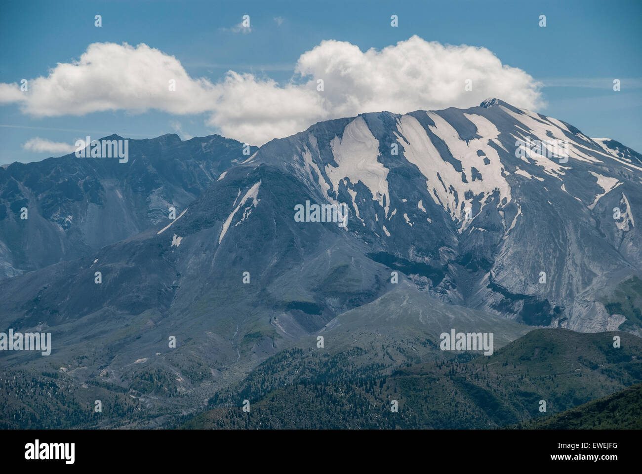 Mount Saint Helens from Hoffstadt Bluffs Visitor Center in Washington State. - Stock Image