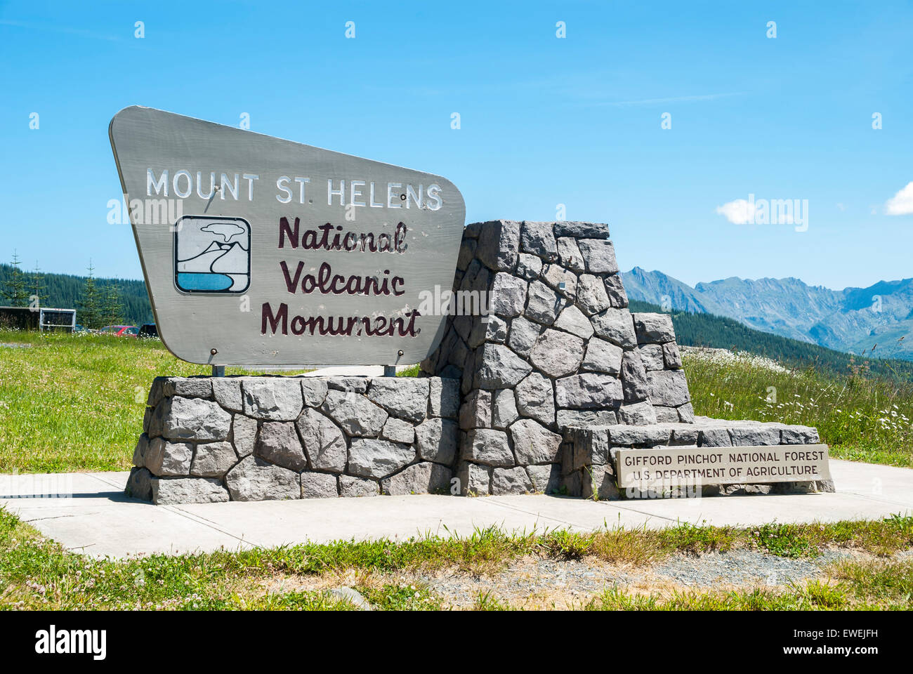 Marker sign at Mount Saint Helens National Volcanic Monument outlook observation point in the Gifford Pinchot National - Stock Image