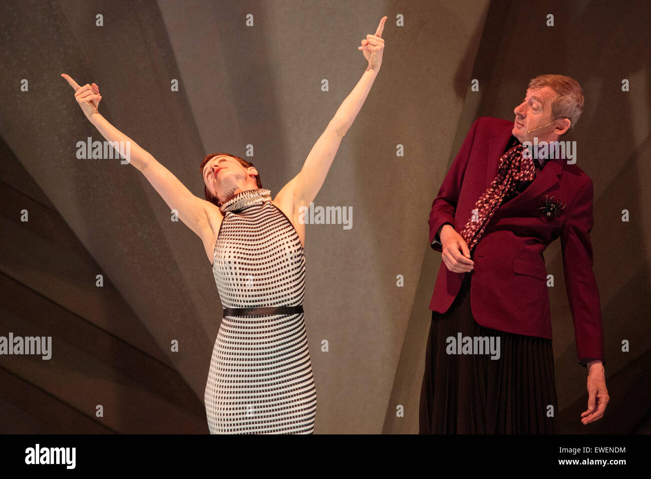 Pictured: Alice Roland and Christophe Salengro. Philippe Decouflé Company DCA perform 'Contact' - a - Stock Image
