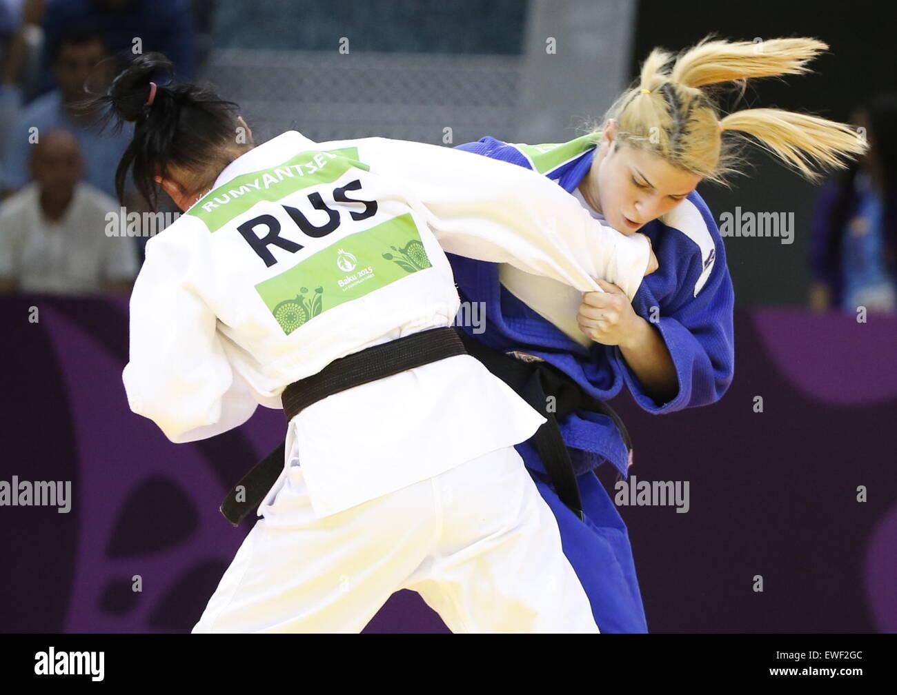 Baku, Azerbaijan. 25th June, 2015. Russia's Kristina Rumyantseva (L) and Azerbaijan's Aisha Gurbanli compete - Stock Image