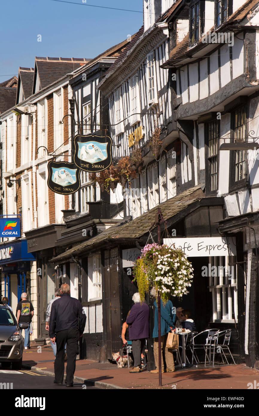 UK, England, Shropshire, Bridgnorth, High Street, The Swan Inn, a survivor of the 1646 fire - Stock Image