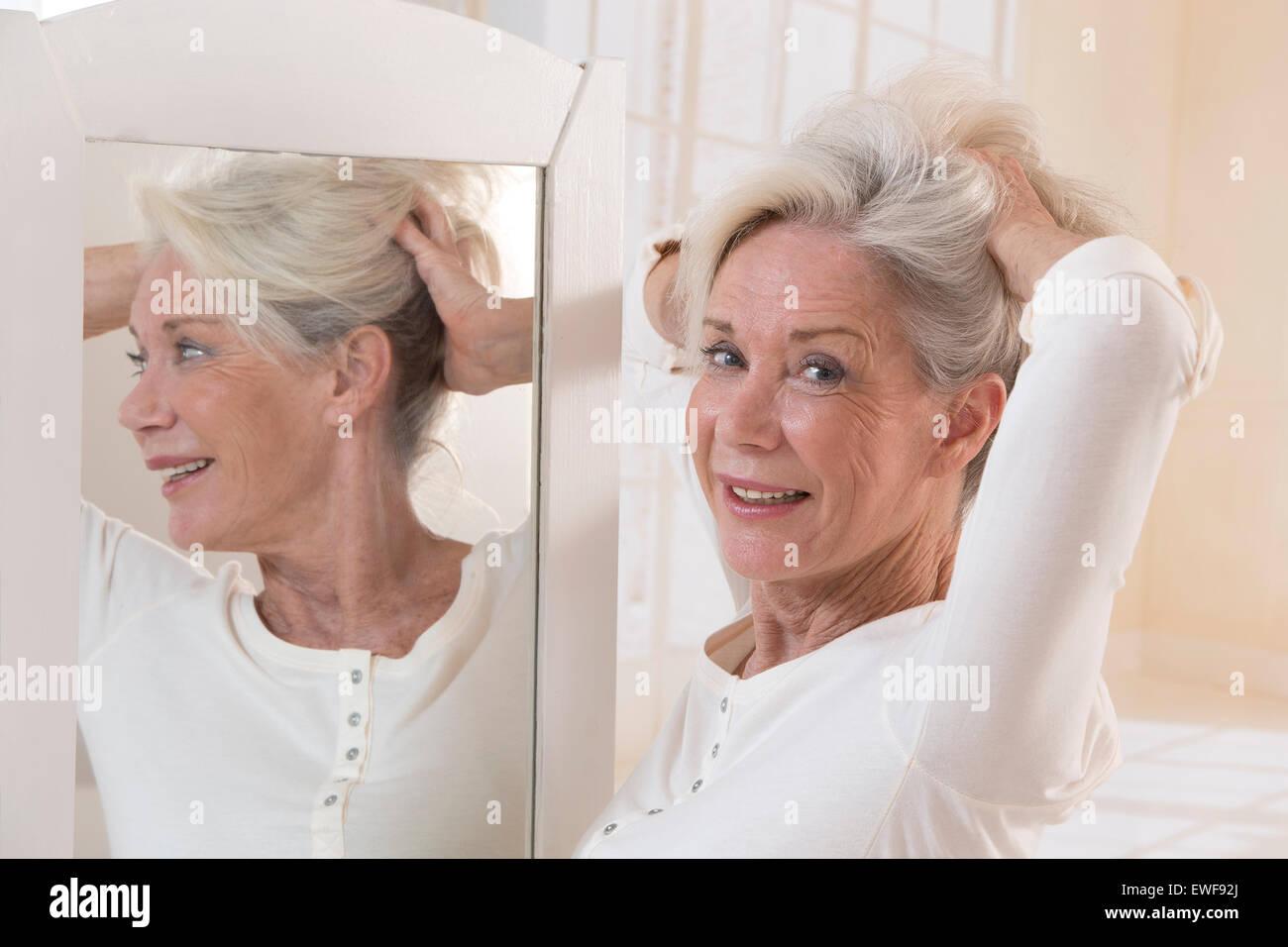 HAIR CARE, SENIOR - Stock Image