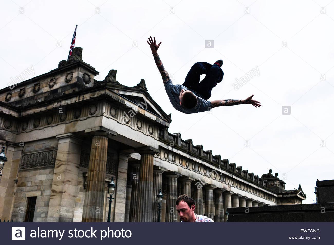 Edinburgh, Scotland, UK. 25th June 2015. Freerunners Chris Martin and Jordan Byrne performing the improvised sport - Stock Image