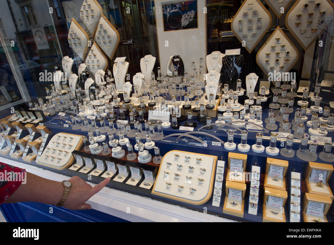 11b93253682 Jewelers Shop Window Stock Photos   Jewelers Shop Window Stock ...