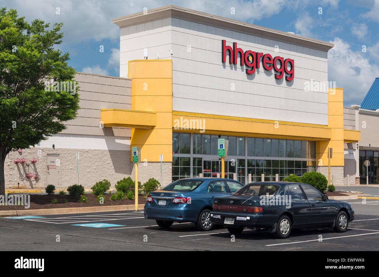 hhgregg electrical superstore in Manassas, Virginia, USA - Stock Image