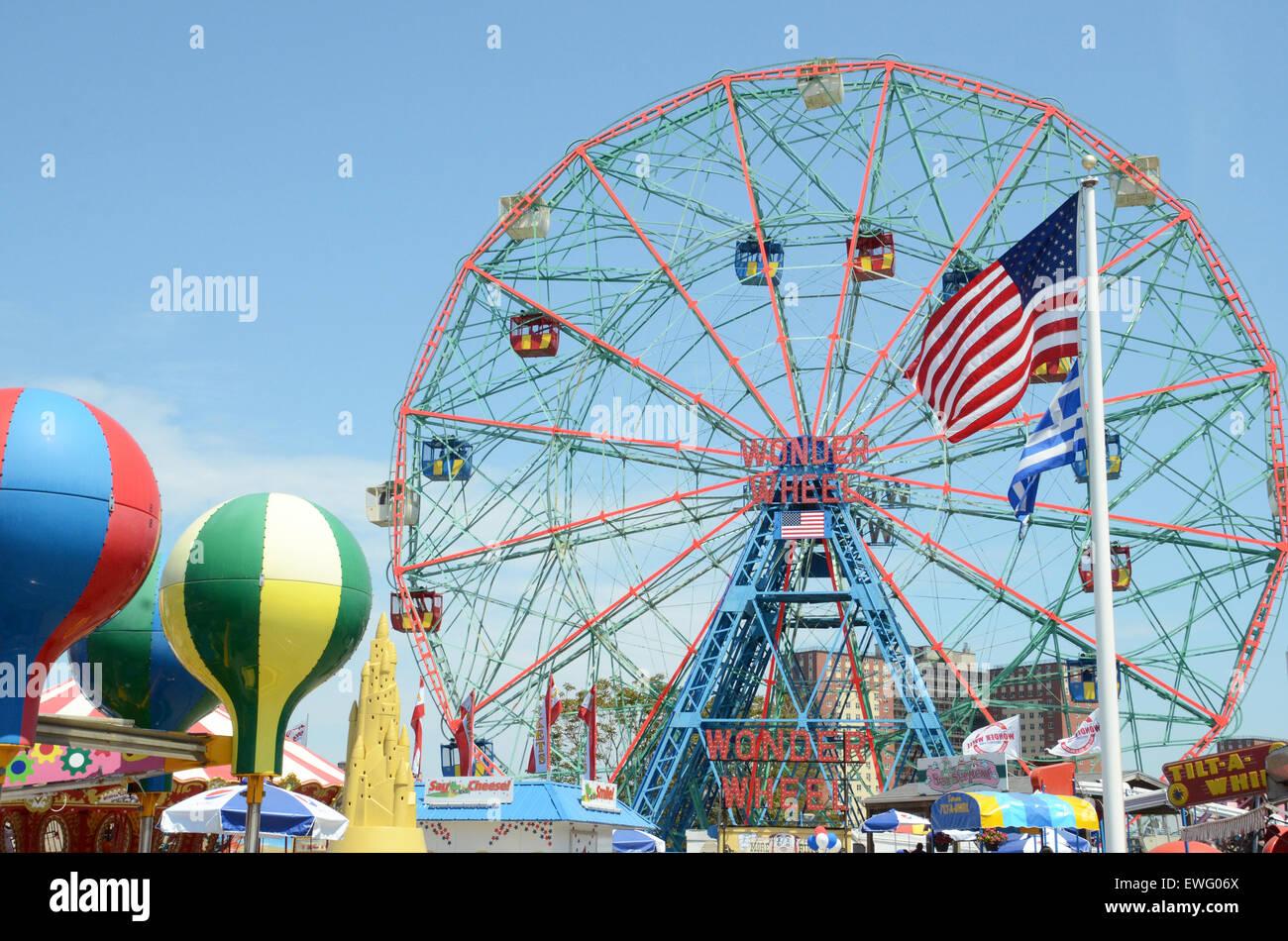 wonder wheel coney island brooklyn new york - Stock Image